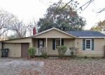 Foreclosed Home in Muscle Shoals 35661 BAINBRIDGE LOOP - Property ID: 4339203436