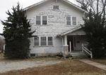 Foreclosed Home in Hutchinson 67501 E AVENUE B - Property ID: 4339466669