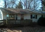 Foreclosed Home in Jerseyville 62052 HOLLOW AVE - Property ID: 4340016771
