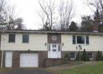 Foreclosed Home in Somerset 15501 MOSTOLLER RD - Property ID: 4340259394
