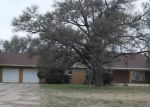 Foreclosed Home in Tulia 79088 HILLCREST RD - Property ID: 4340453863
