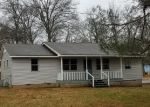 Foreclosed Home in Manchester 37355 PETE SAIN RD - Property ID: 4340513871