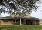 Foreclosed Home in Baton Rouge 70811 CODY DR - Property ID: 4341608807