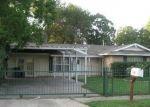 Foreclosed Home in San Antonio 78221 PINEHURST BLVD - Property ID: 4341695964