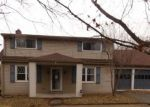 Foreclosed Home in Pittsburgh 15235 UNIVERSAL RD - Property ID: 4343920422