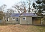 Foreclosed Home in East Hartford 06118 EVANS AVE - Property ID: 4344040423