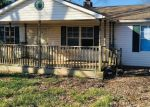 Foreclosed Home in North Vernon 47265 TOWNSEND PL - Property ID: 4344076335