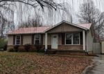 Foreclosed Home in Clarksville 37042 BUCKEYE LN - Property ID: 4344197665