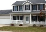 Foreclosed Home in Waterloo 50701 CHARM DR - Property ID: 4344312858