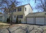 Foreclosed Home in Bridgeport 06604 HEPPENSTALL DR - Property ID: 4344813900