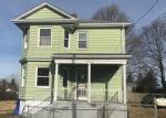 Foreclosed Home in Fall River 02721 HAWTHORNE ST - Property ID: 4344819139