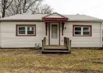 Foreclosed Home in Topeka 66605 SE ILLINOIS AVE - Property ID: 4345150699