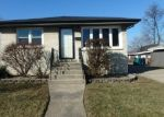 Foreclosed Home in Chicago Ridge 60415 RIDGE DR - Property ID: 4345557120
