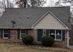 Foreclosed Home in Clarksville 37042 RANDELL DR - Property ID: 4345579468