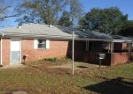 Foreclosed Home in Marshall 75672 E MARTINDALE DR - Property ID: 4347084344