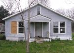 Foreclosed Home in Fairfield 75840 JOHNSON ST - Property ID: 4347106242