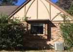 Foreclosed Home in Kingwood 77339 HIDDEN CREEK DR - Property ID: 4347142151