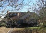 Foreclosed Home in Baton Rouge 70816 SHADELAND DR - Property ID: 4348198557