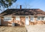 Foreclosed Home in Country Club Hills 60478 OLD ELM DR - Property ID: 4348265114