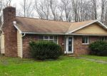 Foreclosed Home in Carbondale 18407 HONESDALE RD - Property ID: 4348763990