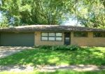 Foreclosed Home in Rockford 61107 DELCY DR - Property ID: 4349115677