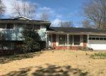 Foreclosed Home in Cape Girardeau 63701 ROBINHOOD CIR - Property ID: 4349870293