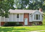 Foreclosed Home in Blue Springs 64014 S SPEAS DR - Property ID: 4353666664