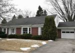 Foreclosed Home in Manitowoc 54220 AHRENS ST - Property ID: 4354325370