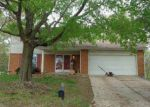 Foreclosed Home in Lake Saint Louis 63367 OAK HILL DR - Property ID: 4356509546