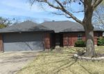 Foreclosed Home in Fort Worth 76126 TRINITY DR - Property ID: 4359045415