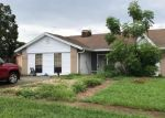 Foreclosed Home in Brandon 33510 LAKEWIND DR - Property ID: 4359463240