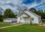 Foreclosed Home in Hickory 28601 HENRY SMITH ST - Property ID: 4360127209