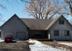 Foreclosed Home in Shakopee 55379 HILLDALE DR - Property ID: 4360197281