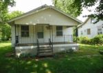 Foreclosed Home in Springfield 65802 N WARREN AVE - Property ID: 4361785826