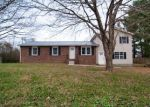 Foreclosed Home in Woodbury 37190 RED HILL RD - Property ID: 4362590377