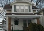 Foreclosed Home in Toledo 43606 UPTON AVE - Property ID: 4363276241