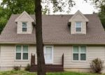 Foreclosed Home in Liberty 64068 BEAUREGARDE CIR - Property ID: 4364048839