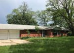 Foreclosed Home in Excelsior Springs 64024 CAMERON RD - Property ID: 4364117145