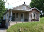 Foreclosed Home in Elizabethton 37643 TIPTON ST - Property ID: 4365911989