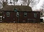 Foreclosed Home in Round Lake 60073 E WILLOW DR - Property ID: 4368757940