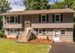 Foreclosed Home in Waterbury 06704 STONEHOLLOW RD - Property ID: 4370820794
