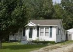 Foreclosed Home in Paris 38242 N LAKE ST - Property ID: 4371676140