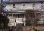 Foreclosed Home in Benton 62812 N 8TH ST - Property ID: 4372756183