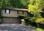 Foreclosed Home in Hamden 06514 PEMBROKE RD - Property ID: 4373129793