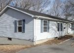 Foreclosed Home in Norwich 06360 SWAN AVE - Property ID: 4373161317