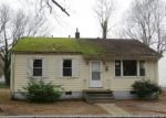 Foreclosed Home in Petersburg 23803 S WHITEHILL DR - Property ID: 4373276959