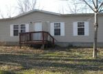 Foreclosed Home in Shepherdsville 40165 LISA DR - Property ID: 4373287455