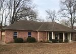 Foreclosed Home in Longview 75604 GEORGE RICHEY RD - Property ID: 4373720613