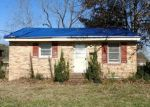 Foreclosed Home in Williamston 27892 CAROLINA AVE - Property ID: 4374277269