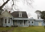 Foreclosed Home in Opelousas 70570 E GROLEE ST - Property ID: 4374709561